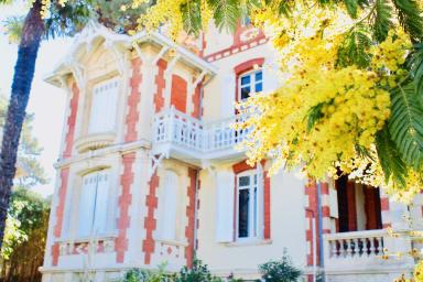Charmant appartement de deux chambres dans villa Arcachonnaise.