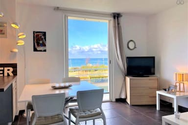IDYLLIC BEACH FRONT flat for 4 pers. in Hossegor