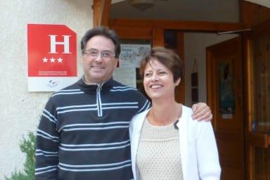 Muriel et Philippe Teyras, les propriétaires de ce lieu de villégiature