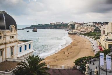 BELLEVUE · KEYWEEK Appartement avec Ascenseur, Vue Mer et Parking Biarritz