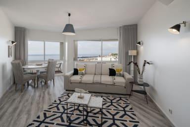 Livingroom with sea view