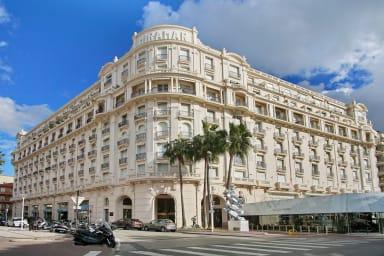 Palais Miramar Cannes 3 pièces Croisette Balcon Standing Vue Mer Location++
