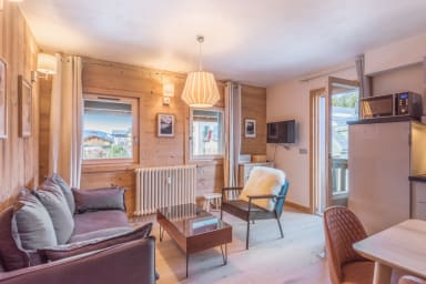 Architect flat with balcony and parking at the heart of Megève - Welkeys