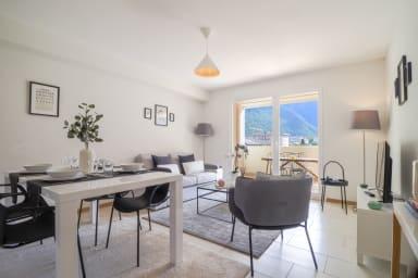 New apartment close to Martigny train station, self check-in