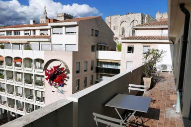 T3 lumineux avec grand balcon et garage au coeur d'Avignon - Welkeys