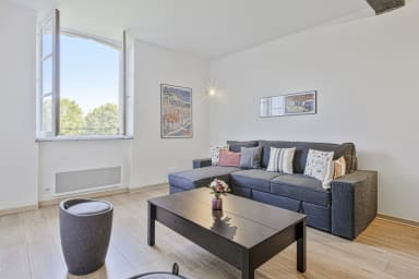 Cozy Basque one-bedroom apartment near the Nive river in Bayonne - Welkeys