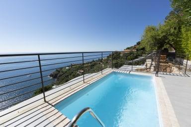 BNB RENTING villa de luxe avec vue imprenable à Théoule sur Mer