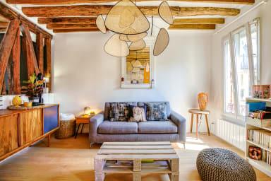 Loft-inspired flat near Montmartre, sleeps 4