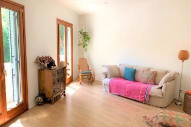 Nuevo! Apartamento de 2 dormitorios en el Born con aire acondicionado