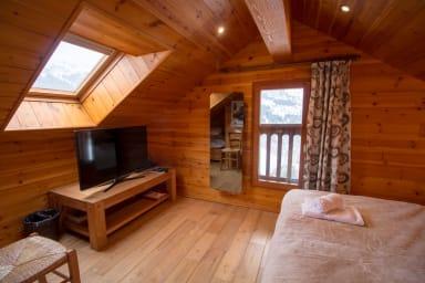 Chalet Clearmount, Méribel Centre, 6 chambres en suite, jaccuzzi,Sauna
