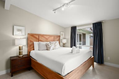 King bed with hotel quality linen
