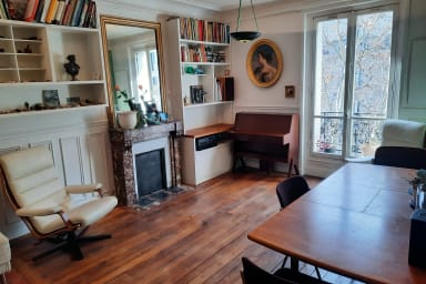 Warm and cosy 2 bedroom apartment near Bastille