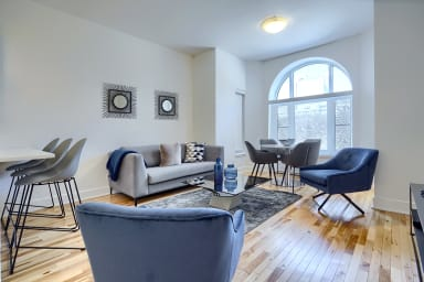 2 Bedroom furnished apartment for rent in Griffintown