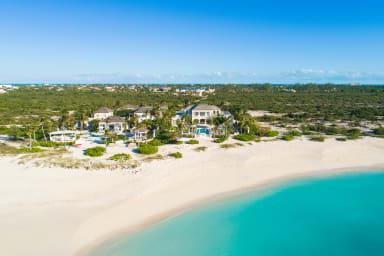 Coral Pavilion // The finest beachfront luxury