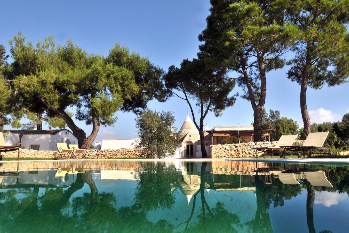 Complesso di trulli con piscina privata