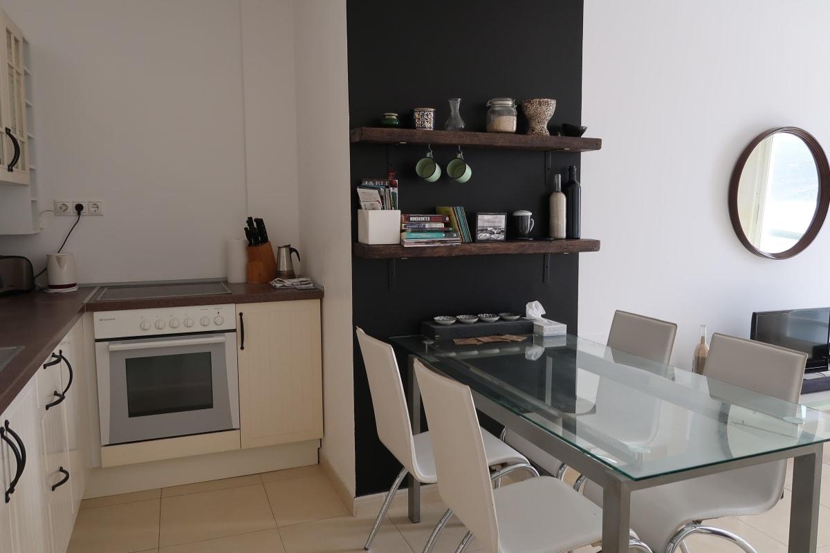 Modern Apartment La Santa (Wifi & Netflix) photo 20438896