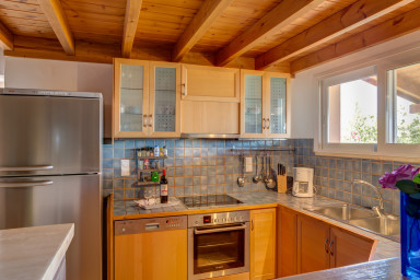 Prepare your holiday meals in this comfy fully equipped kitchen