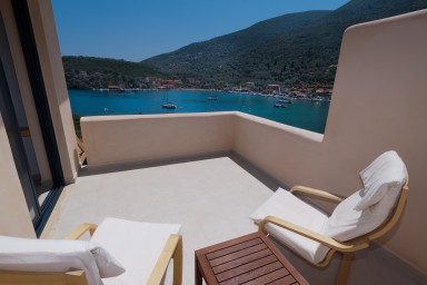 Master bedroom terrace to enjoy the panorama and privacy