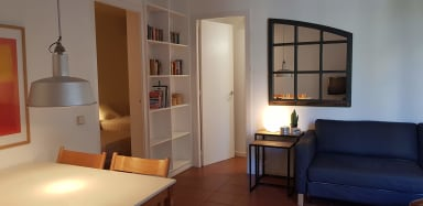 Rambla D - Monthly rental on La Rambla Ideal for Corporate Traveling