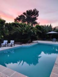 Villa Unia / Villa moderne avec dépendance et piscine