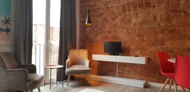 Sant Antoni 1  - Downtown & Modern