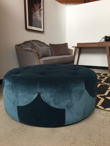 Marque large round ottoman peacock teal 01
