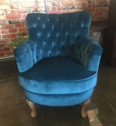 Alessia accent chair peacock teal 01
