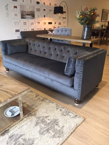 Florence velvet chesterfield 3 seater sofa cosmic anthracite 01