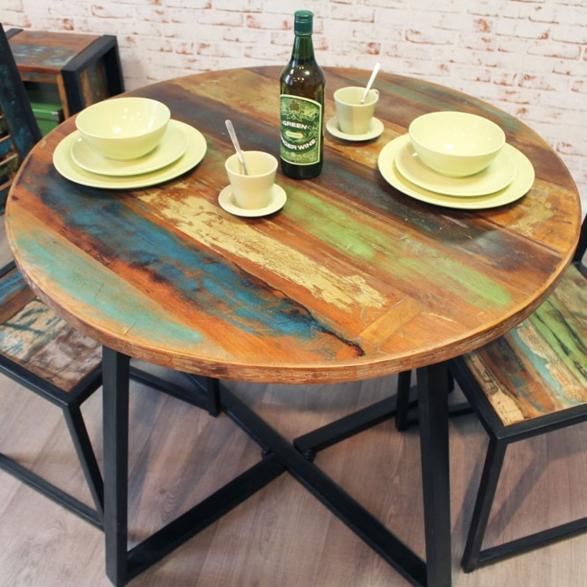 Urban Chic Round Dining Table Set