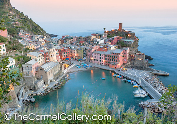 Spring_evening_vernazza_ycdf6n