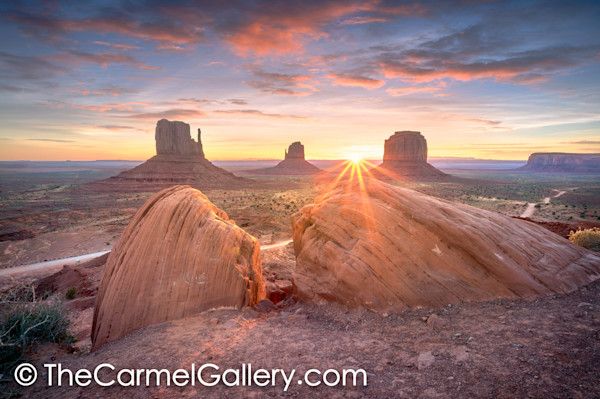 Mittens_monument_valley_pjfcga