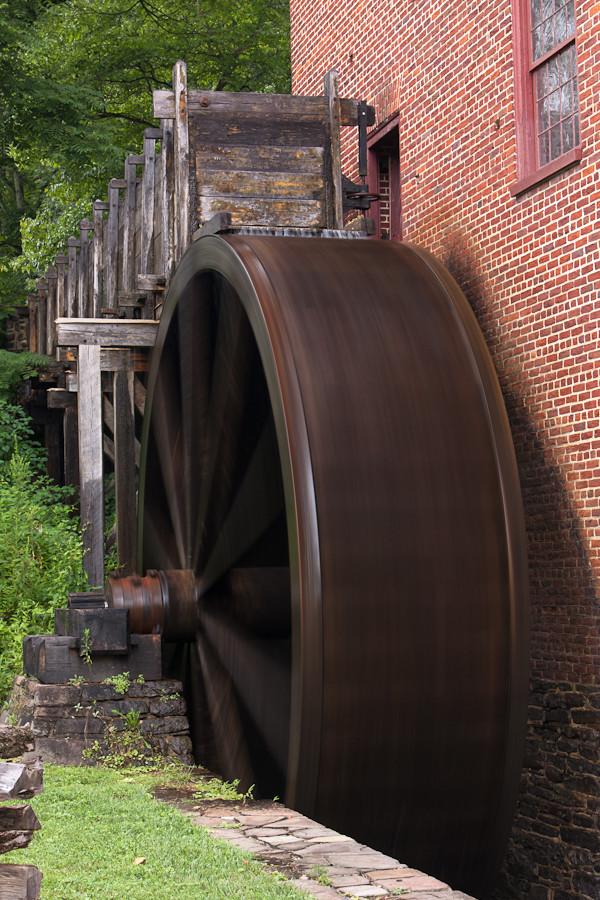Water Wheel Turning