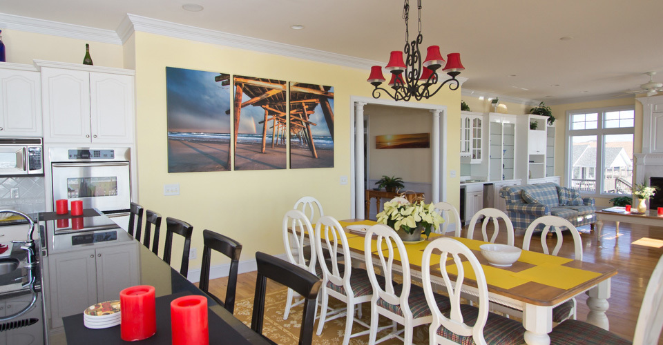 Home-header-canvas-triptych_nynt3y