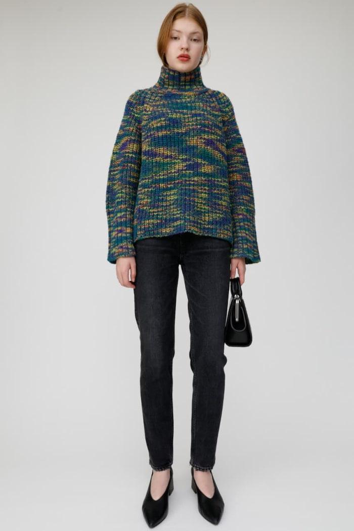WIDE SLEEVE CROP knit top