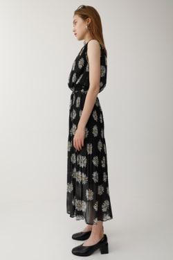 MARGUERITE PLEATED dress