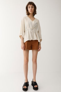 SHOULDER TUCK FLARE Blouse