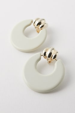 SWING HOOP EARRINGS
