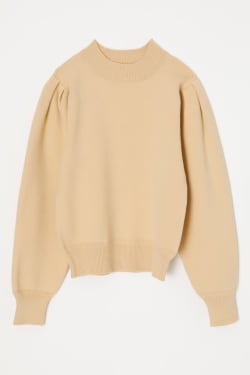 PUFF SHOULDER COVERING KNIT TOP
