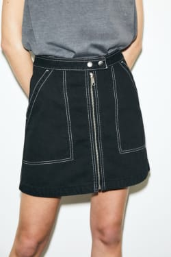 TRAPEZOID DENIM MINI SKIRT