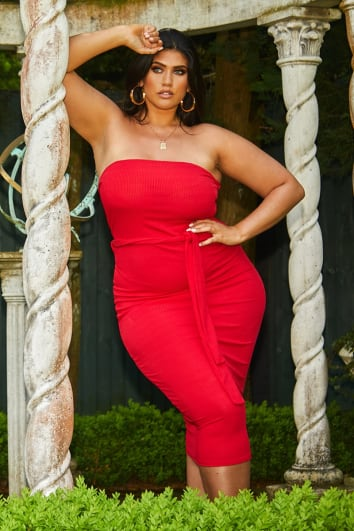 CURVE LATECIA RED RIB BANDEAU BELTED MIDI DRESS