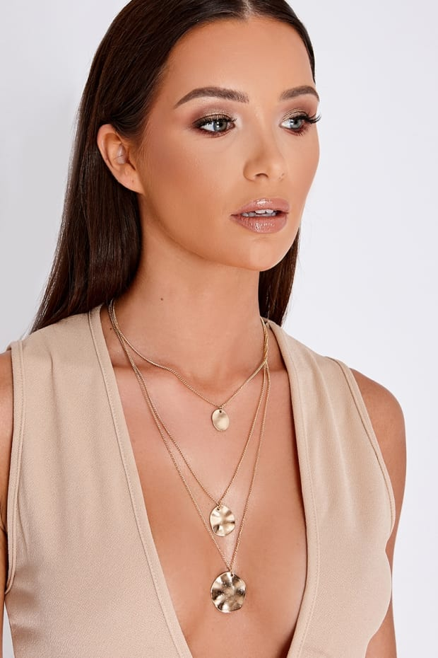 GOLD LAYERED DISC NECKLACE