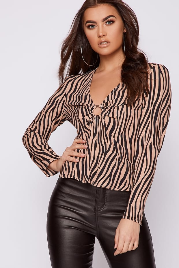 ELMIRA NUDE ZEBRA SATIN RING DETAIL TOP
