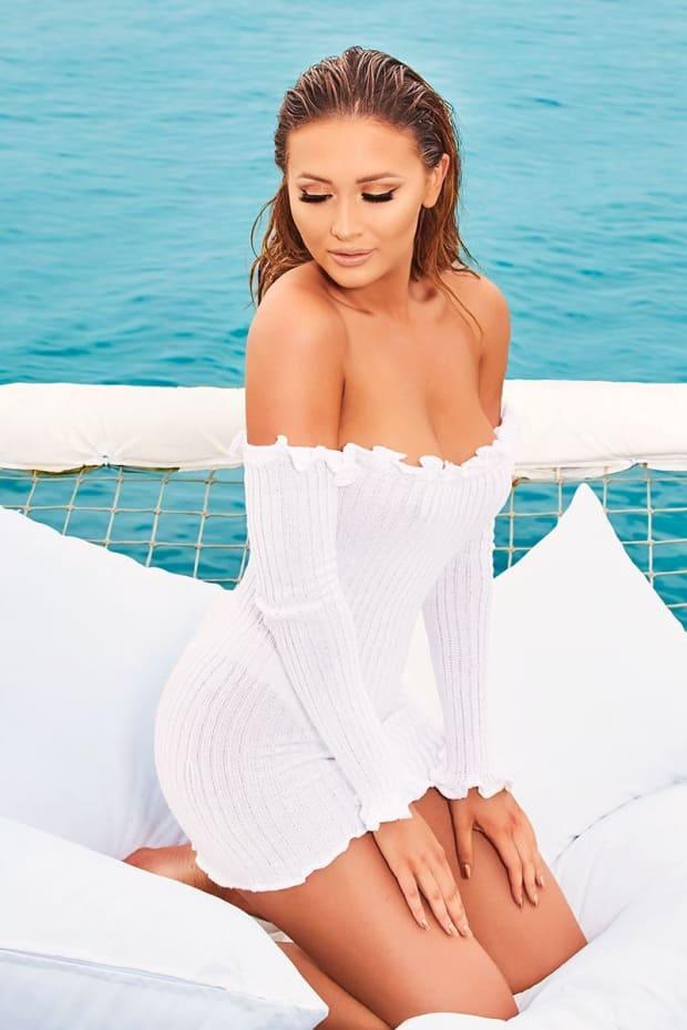SARAH ASHCROFT WHITE RIBBED RUFFLE LONG SLEEVE BARDOT DRESS