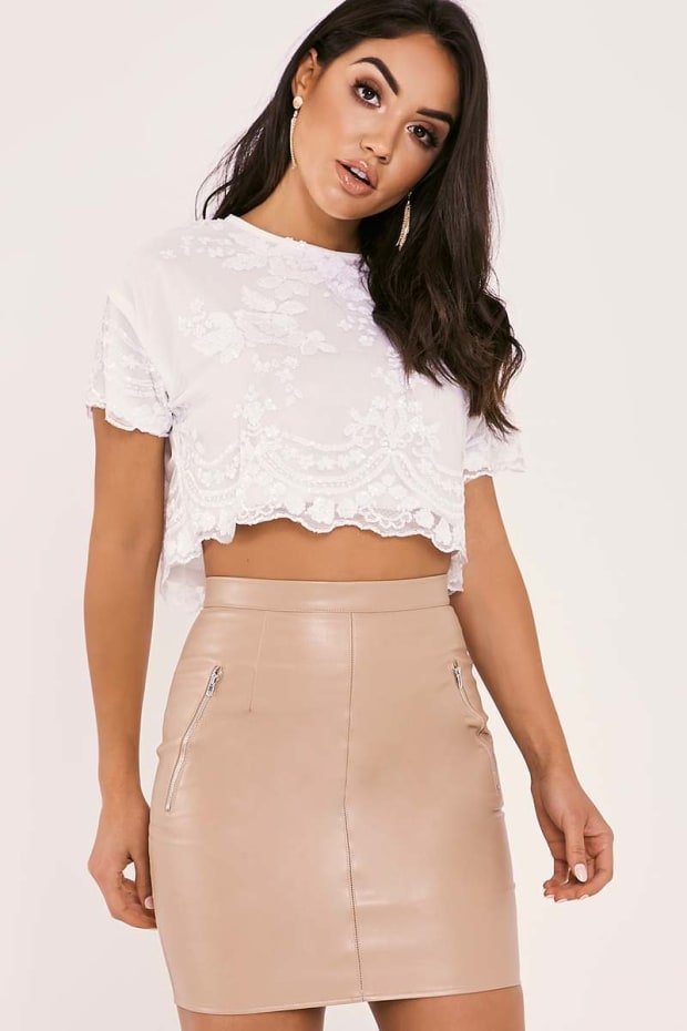 OLLIA WHITE FLORAL SEQUIN CROP TOP