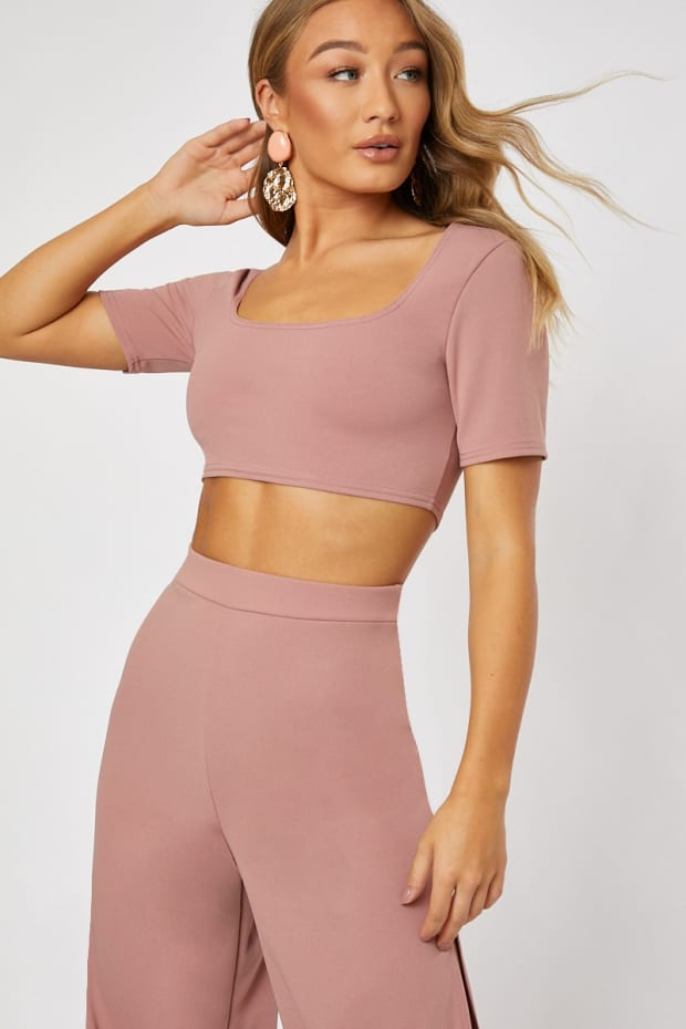 LASTIN BLUSH SQUARE NECK CROP TOP