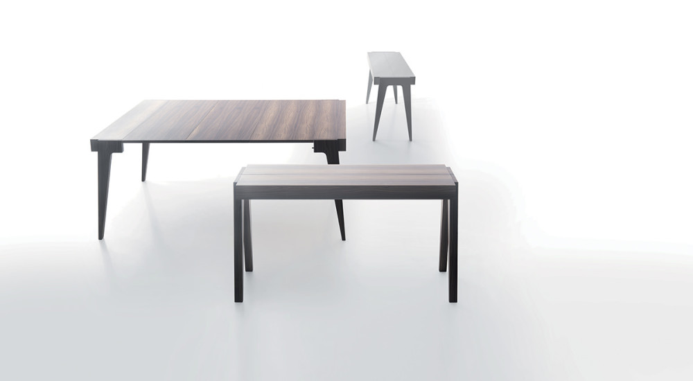 Crescendo: Extending console table in different finishings