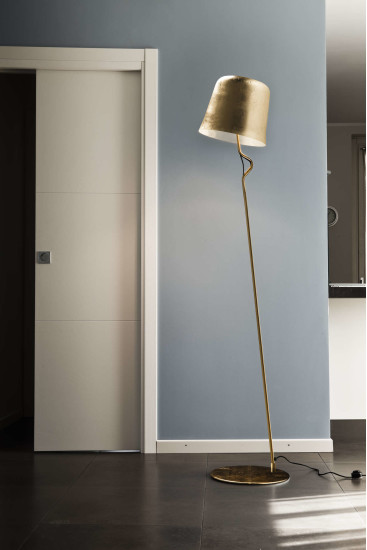 Agata FL: Floor lamp in different finishings