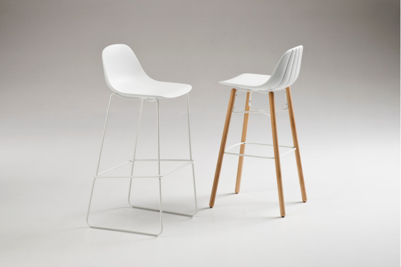 Babah SL-SG-80: Stool available in different colours
