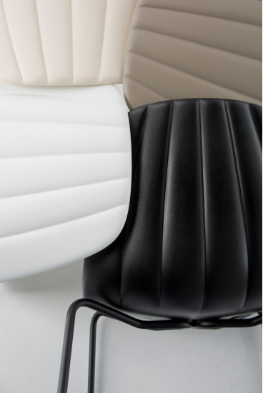 Babah SG 65: Stool available in different colours