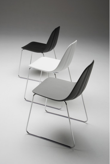 Babah SL: Chair available in different colours